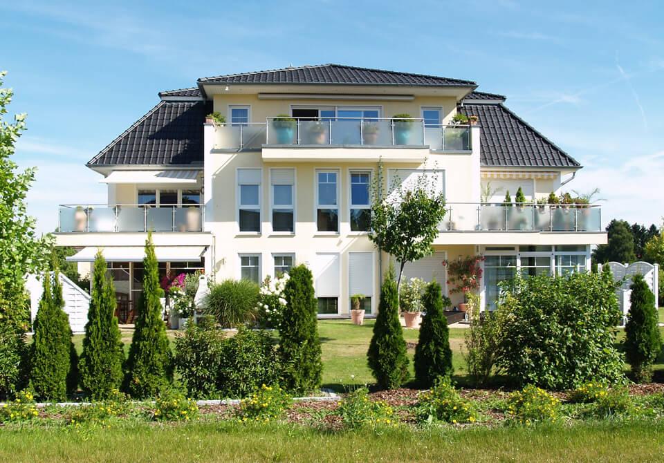 lifestyle eigentumswohnung penthouse sowie wohnanlagen als kapitalanlage von fm immobilien in. Black Bedroom Furniture Sets. Home Design Ideas